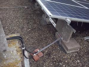 Droog liggende stroomkabels bij ZonZuiver